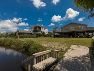 Lee's Beach House (4 Bedroom home)