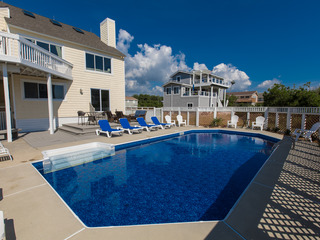 Pool By The Sea (5 Bedroom home)