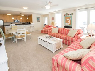 B236 Farr and Away (4 Bedroom condo)