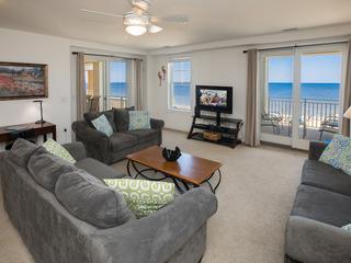 B309 Paradise (3 Bedroom condo)