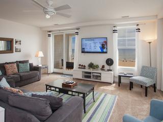 B110 Beach Safari (3 Bedroom condo)