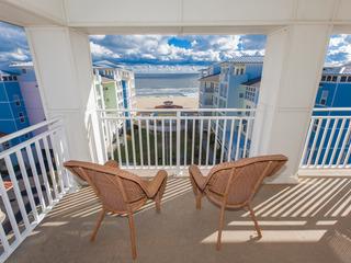 B438 Sea Chelle Penthouse