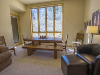 Snowcrest Lodge #104 - image