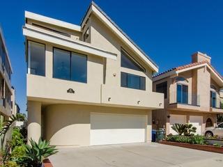 3612O- 499025 Hollywood Beach Inboard Home
