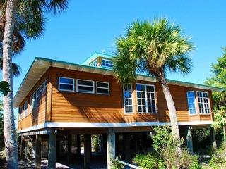 085-Gulf Breeze Cottage
