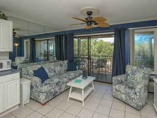 Seaside Villa 252