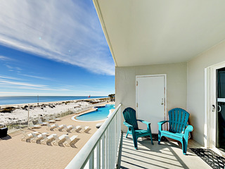 2BR Direct Oceanfront w/ Pool