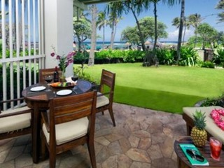 Beach Level Studio (or 4 Bed with Adjoining 3 Bed) Direct Ocean Views Villa 102