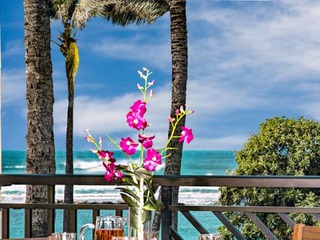 Second Level Studio (or 4 Bed with Adjoining 3 Bed) Direct Ocean Views Villa 202
