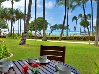 Ocean View & Beachfront Beach Level 4-Bedroom (2 Masters) Turtle Bay Villa 104