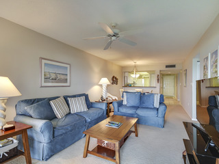 Land's End #402 building 7- FULLY Updated / Beachfront Condo!