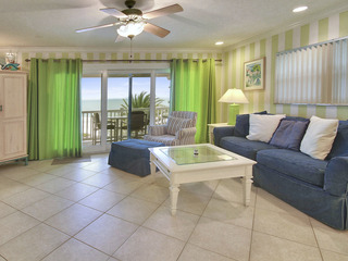 Sunset Villas #4-AWESOME Views/2 balconies/pool/deck/BBQ!