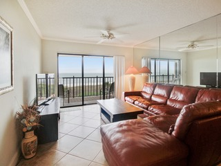 Land's End #404 building 9- Lovely Updates / Beachfront Condo!
