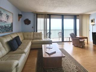 Trillium 4C Beach Front with Private Balcony/Updated/Pool!