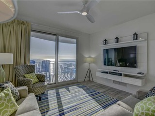 Sterling Breeze- Two-Bedroom Apartment