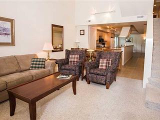 Park Avenue Condominiums- Standard 3BR,2.5BA (Silver)