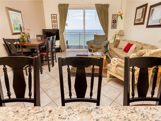 Sterling Reef- Two-Bedroom Apartment