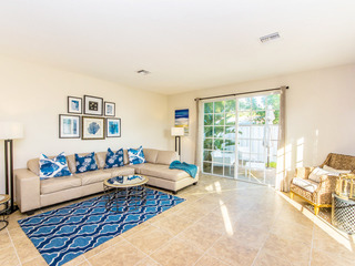 3BR Beach Townhome w/ Pool, Hot Tub