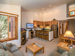 2BR Ski-in/Ski-out at Northstar