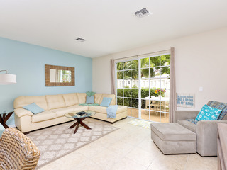 Elegant Gated 3BR w/ Pool, Near Beach