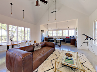 3BR Hill Country Home w/ Hot Tub