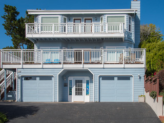 Cambria 3BR w/ Decks & Ocean Views