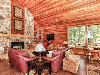 Secluded 5BR at Black Butte Ranch
