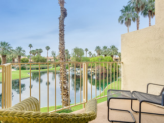 PGAWEST La Quinta 3BR/2.5BA community pool & Jacuzzi