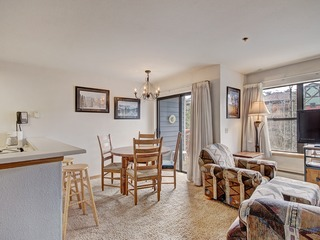 Front-Row Access to Historic Breck 2Br 1.5Ba Sleeps 8