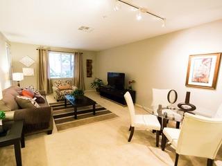 Teller Apartment #873897