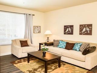 Derian Apartment #873929