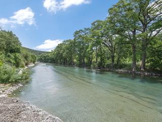 Guadalupe River Rock Retreat RR9740
