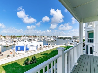 3BR/3.5BA- Hot Tub, Pool, 360-Degree Rooftop View