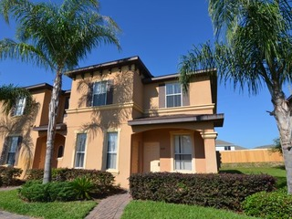 End Unit 4 bedroom Townhome (230569)