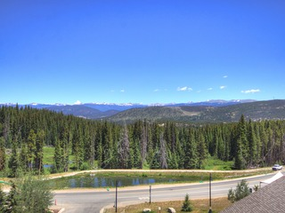 Slopeside Condo at Base of Peak 8, Sleeps 6!
