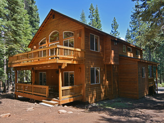 Gorgeous 4BR Tahoe Donner Home