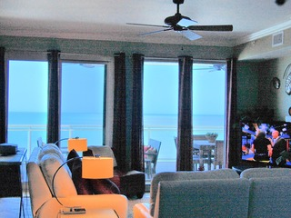 3/2.5 2 Oceanfront Master Suites, Huge Balcony OV #608