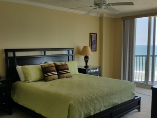 Direct Oceanfront 3/3, See the Ocean In Every Room DTT #608