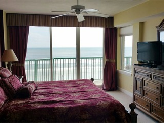 Luxury 2/2 Beachfront w/Big Jacuzzi Tub Lower Floor DTT #402