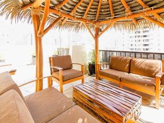 Bamboo Waikiki #904