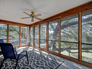 Updated 3BR on Lake Travis