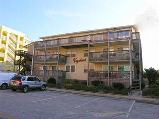 Vagabond 3E Condominium
