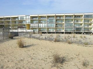 Beachloft 4E Condominium