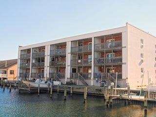 Sea Breeze 305 Condominium