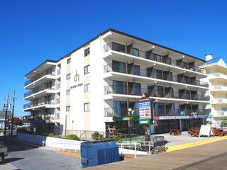 Decatur House 303 Condominium