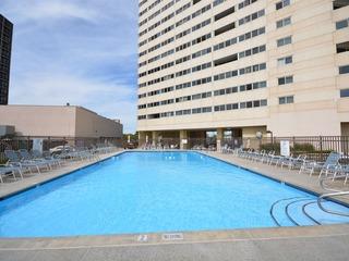 Atlantis 810 Condominium