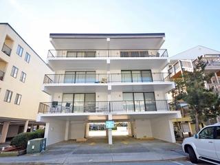 Fifteen East 301 Condominium