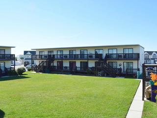 Golden Gate 7 Condominium