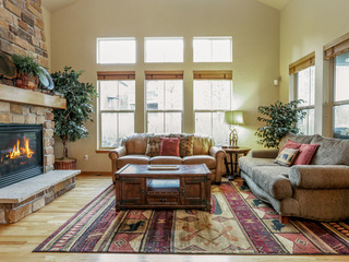 Granby Ranch 4BR- Walk to Ski Lift