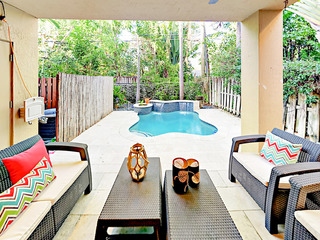 Luxe 3BR w/ Pool- Close to Beach